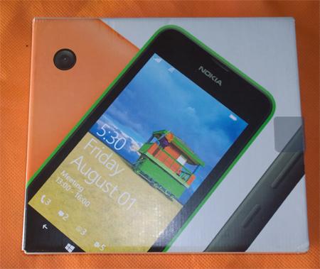Caja Lumia 530