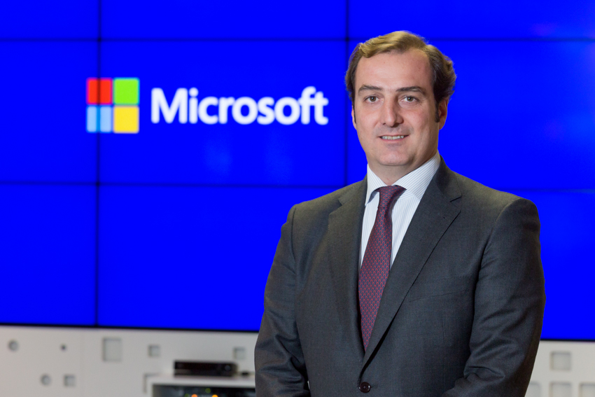 Ángel Sáenz
