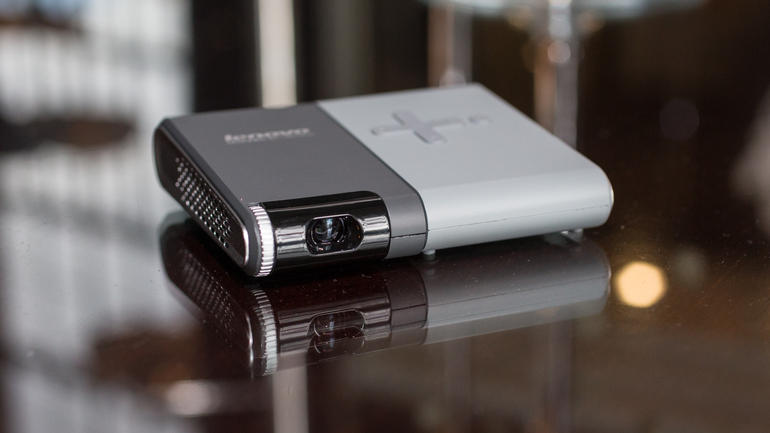 lenovo-pocket-projector-2